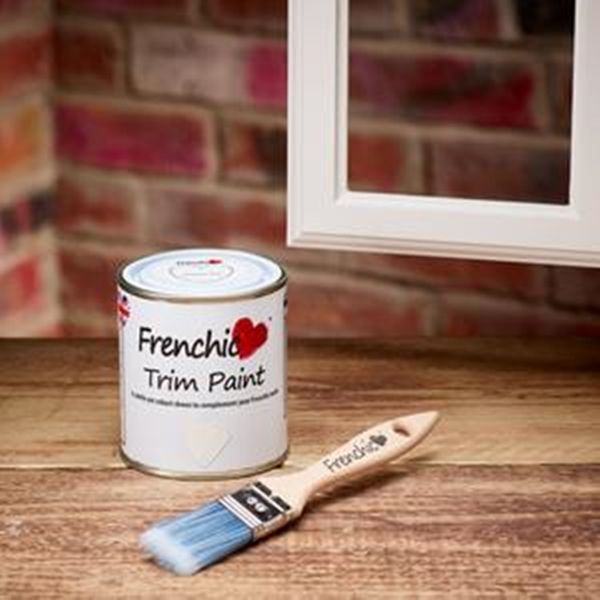 Trim paint Yorkshire Rose