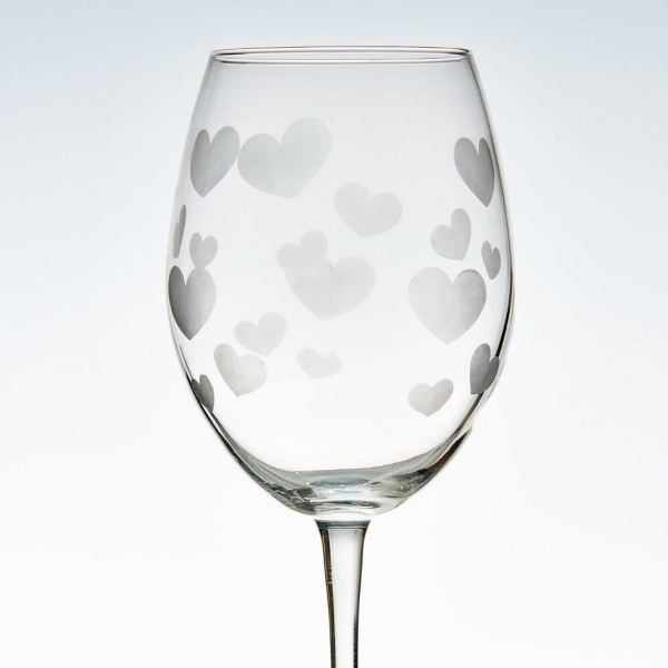 Etched 'Hearts' Large Glass - Personalisation available