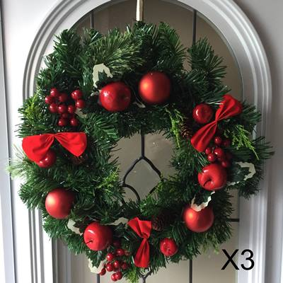 40cm Spruce wreath / baubles [X3]